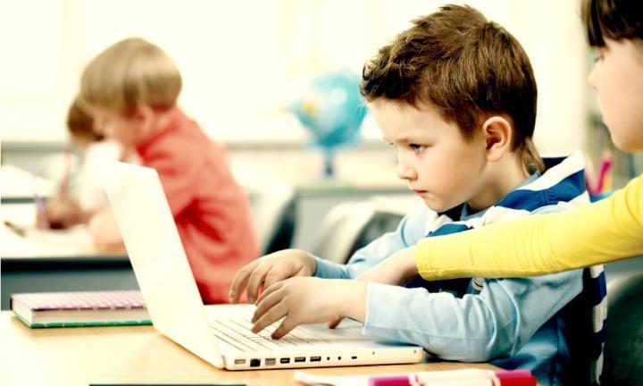 estudiantes digitales
