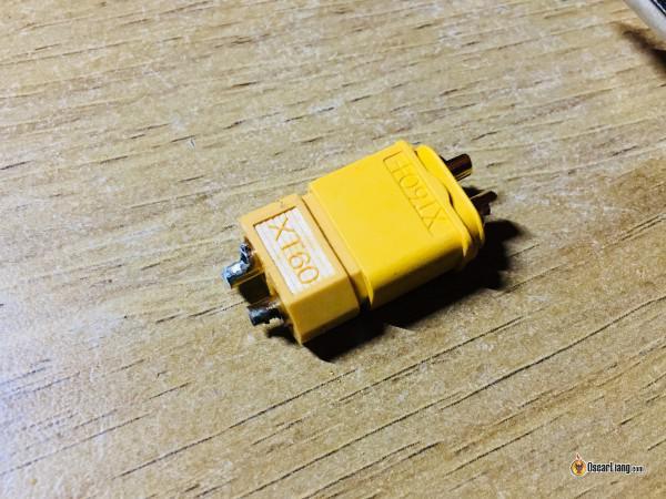 Soldar un XT60 a un cable