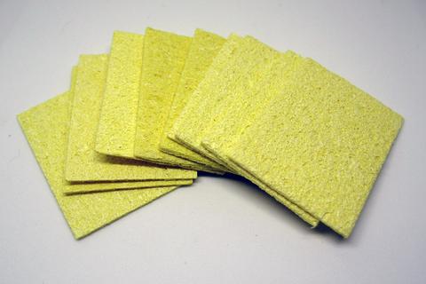 la esponja se debe humedecer ligeramente