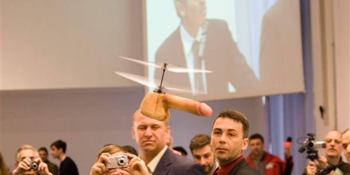 Dron con forma de pene