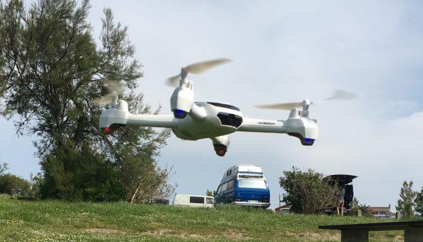 Dron Hubsan X4 H502S volando