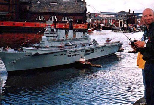 Barco grande a contreol remoto